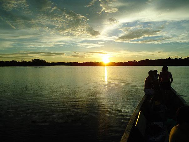 Cuyabeno Reserva Laguna grande vladimir cruz